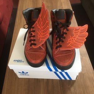 huge discount c8021 09d53 Jeremy Scott x Adidas